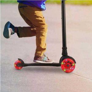Patinete Skatenet Infantil 3 Rodas de Led Suporta 40kg Multikids